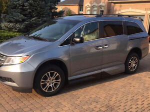 2011 Honda Odyssey EXL Accessible wheelchair Rare find CERTIFIED