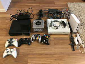 2 Xbox 360 consoles, Gamecube and Wii console with 46 games!!!!