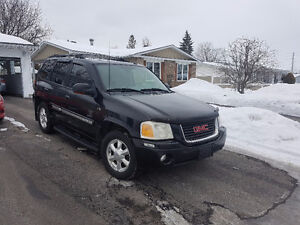 2005 GMC Envoy SLT very clean for sale