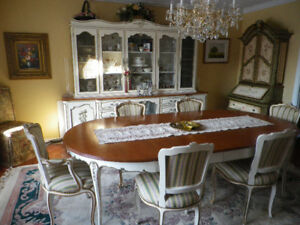 LOUIS XV- STYLE VINTAGE DINING ROOM SET