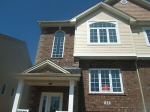End unit Townhouse available in Bedford