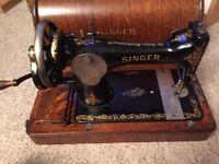 singer hand cranked sewing machine 1920's