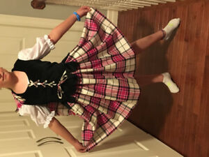 Beautiful Aboyne Highland Dance Outfit (~ size 9-11)