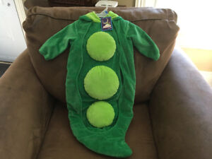 Brand new baby costume