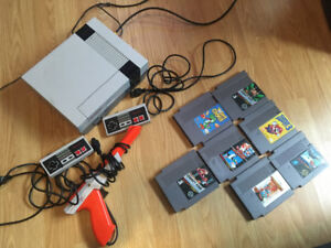 CONSOLE NOT WORKING NES 7 games 2 controller and gun