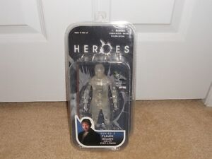 HEROES TV Series 2 action figure: Claude (invisible) -MINT Kitchener / Waterloo Kitchener Area image 1