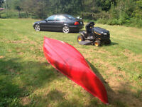 KEVLAR CANOES-16FT & 17FT-LIKE NEW CONDITION RED &GREE