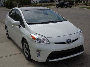 2013 Toyota Prius Technology Package Hatchback