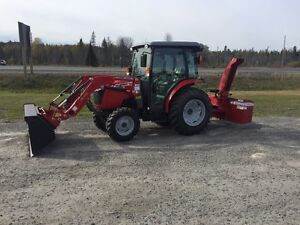Massey 1736 with Cab, Loader and Snowblower