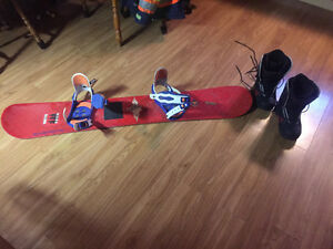 Snow board bindings and boots great condition