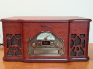 Electrohome Winston Retro Turntable (Record Player) Stereo