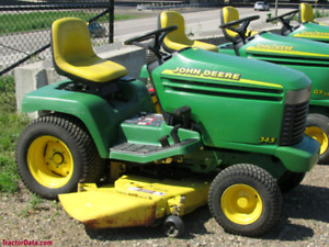 John Deere 345 Garden Tractor Riding Mower Less than 600hrs