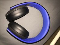 PS4 head phones and games