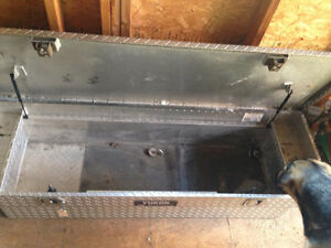 Tool box for truck bed Cambridge Kitchener Area image 2