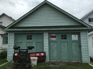 Double car garage for rent