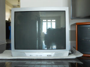 """32 inches """"Electrohome"""" TV in good working condition"""