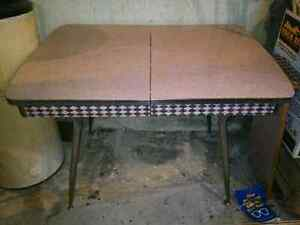 50s Kitchen Table Buy Or Sell Dining Table Sets In Ontario Kijiji C