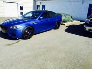 2012 BMW M5 Extended leather package Sedan