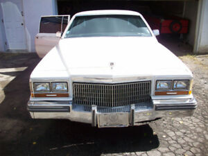 Cadillac Limousine Fleetwood