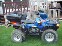 POLARIS SPORTSMAN 400CC 2004 HO EXCELLENTE CONDITION