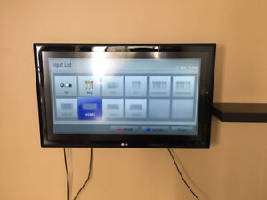 """LG 42"""" LCD and 32"""" LCD - Both Excellent condition"""