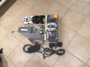 XBOX 360 4 controllers, 25 games