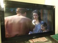 """Sony 40"""" LCD TV freeview built in"""
