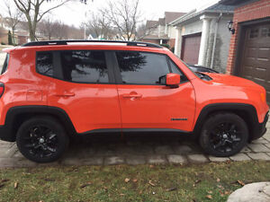 LIKE NEW JEEP RENEGADE - LOW KMS!