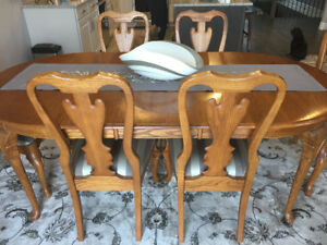Queen Anne Dining Room Set - Solid Oak