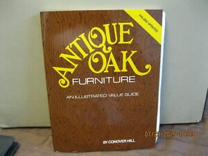 ANTIQUE OAK FURNITURE   BOOK