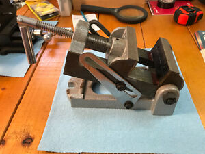 Machinist drill angle vise