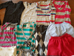 Women size small/ girl large clothing lot
