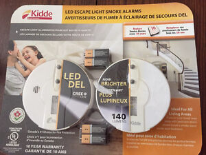 LED escape light smoke alarms