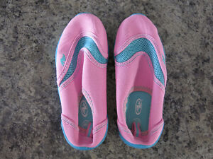 Little Girls Water Shoes