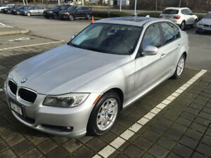 2011 BMW 323i with Extended Warranty
