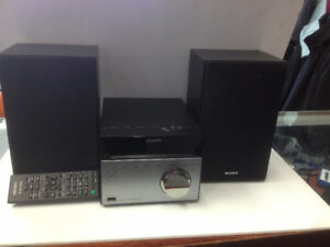 Sony Compact Disc Receiver with remote
