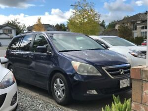 Fully loaded 2005 HONDA ODYSSEY - TOURING EDITION