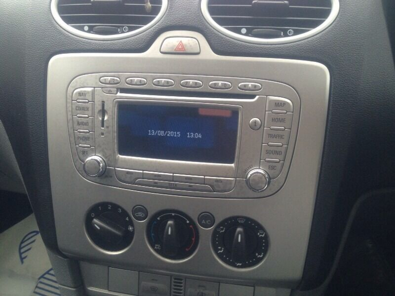 ford focus mk2 5 double din sat nav media system in. Black Bedroom Furniture Sets. Home Design Ideas