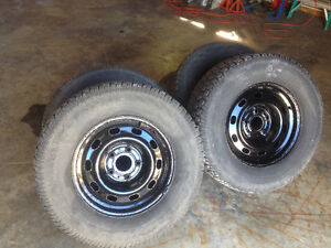 Studded winter tires and rims 265/70/17