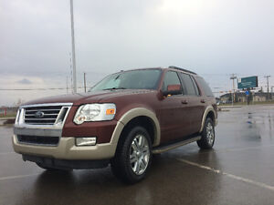 09 Ford Explorer Eddie Bauer VERY LOW MILEAGE- EXC CONDITITION