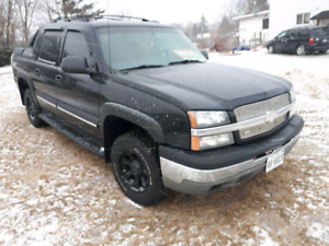 2004 Avalanche Truck
