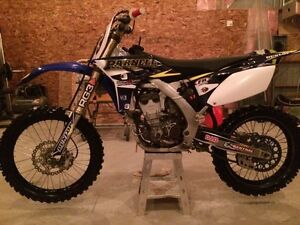 MINT CONDITION yz 250