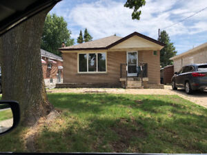 3+2 bed bungalow for rent immediately