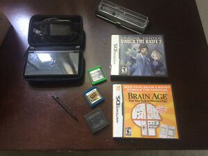 Black Nintendo DS, Case, Charger, 3 games & Stylus