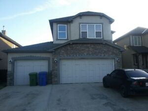 Chestermere 3000SF 2Story,TripleGar,Finishbsmt,Avail imed move