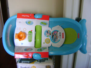 "FISHER PRICE ""WHALE OF A TUB"""