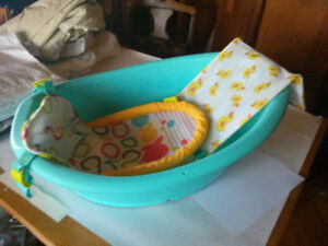 Fisher-Price baby bath tub $19.99