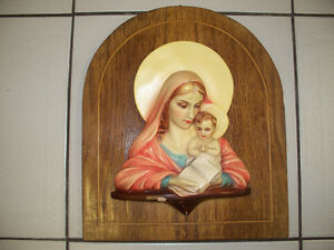 Vintage Madonna & Baby Jesus Ceramic on Wood Wall Plaque1950/60s