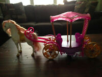 DISNEY PRINCESS HORSE AND CARRIAGE