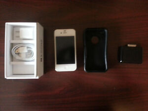 iPhone 4s 16gb Locked to Bell $80 OBO